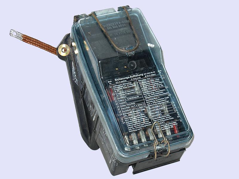 Fuse Box | Central Electrical System Mercedes-Benz A2015400450 2015400250  2015400450 A2015400250 A2015400450German SPOB